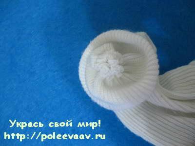 снеговик своими руками, снеговик поделка, снеговик из носка, снеговик из колготок,