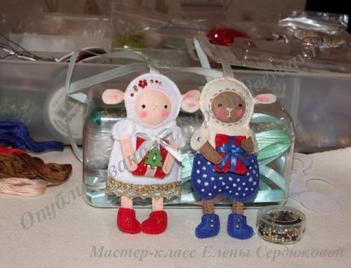 игрушки овечки из фетра