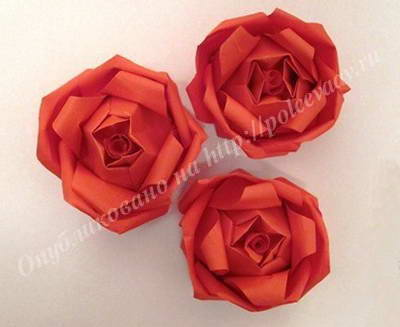 поделка роза из бумаги