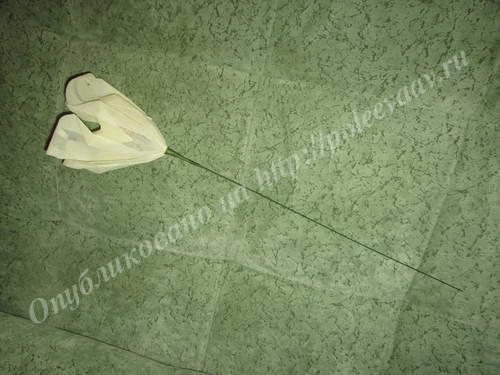 buket iz konfet lilii 14-min