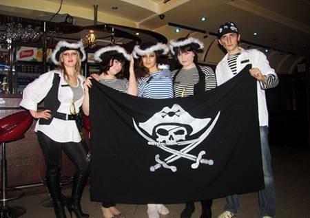 pirat dr-min