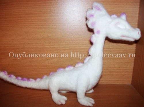 дракон своими руками из шерсти 14-min